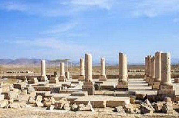 پاسارگاد، فارس (۲۰۰۴)