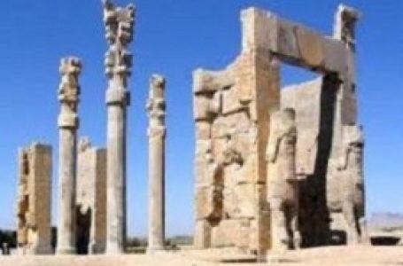 تخت جمشید، فارس (۱۹۷۹)