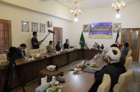 دبیرکل کمیسیون ملی یونسکو در ایران با تولیت آستان مقدس شاهچراغ، دیدار و گفتوگو کرد
