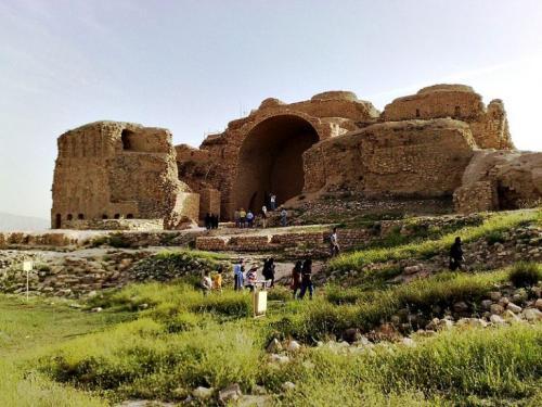 کاخ-اردشیر-بابکان-768x576